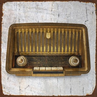 Vintage Radio metal tin signs